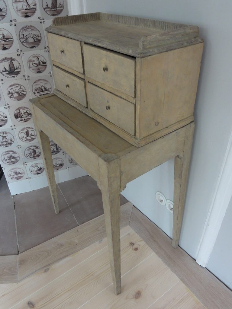 Small Gustavian Drawers Table