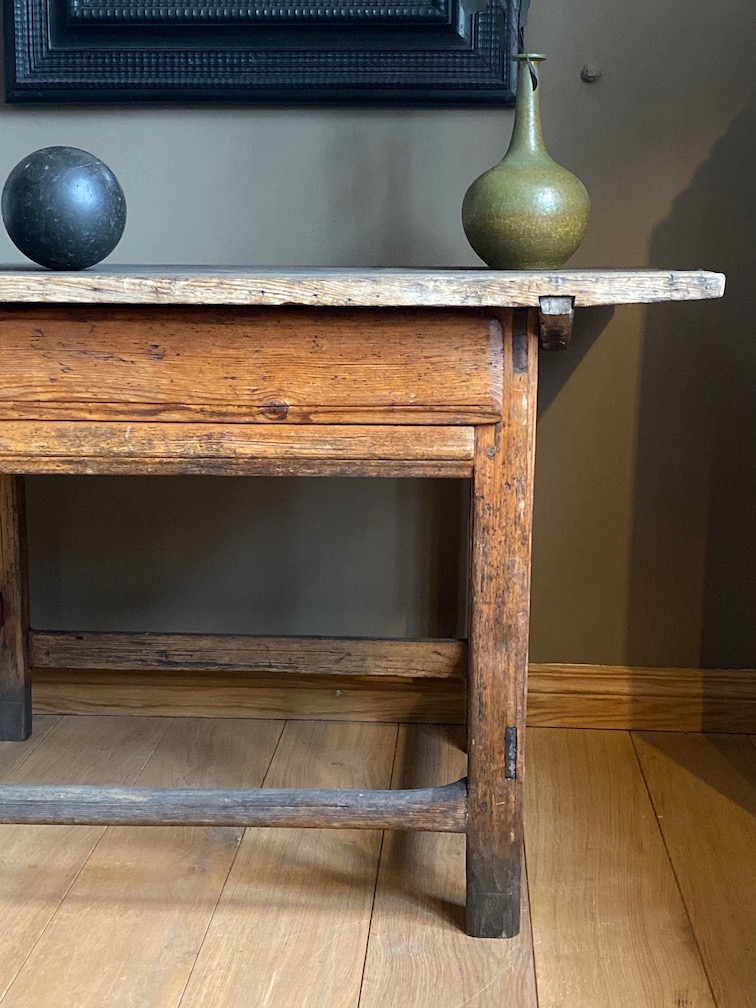 Early Swedish Baroque Table - Sweden Around 1700